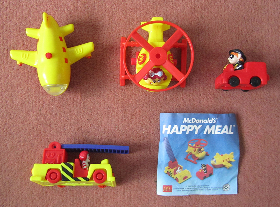 1995-mcairport-airport-mcdonalds-happy-meal-toys