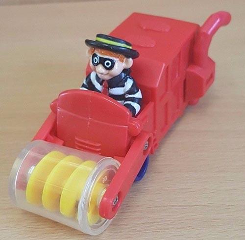 1995-mcfarm-mcdonalds-happy-meal-toys-hamburglar-combine-harvester