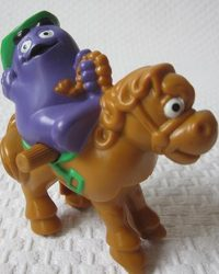 1995-mcrodeo-toy-mcdonalds-happy-meal-toys-grimace.jpg