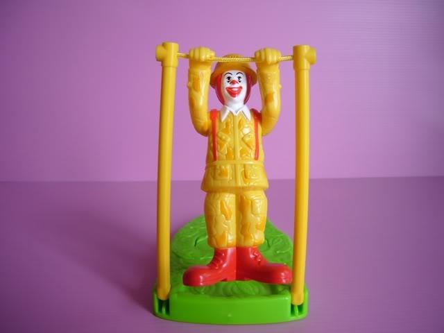 1996-mctoop-mcdonalds-happy-meal-toys-ronald.jpg