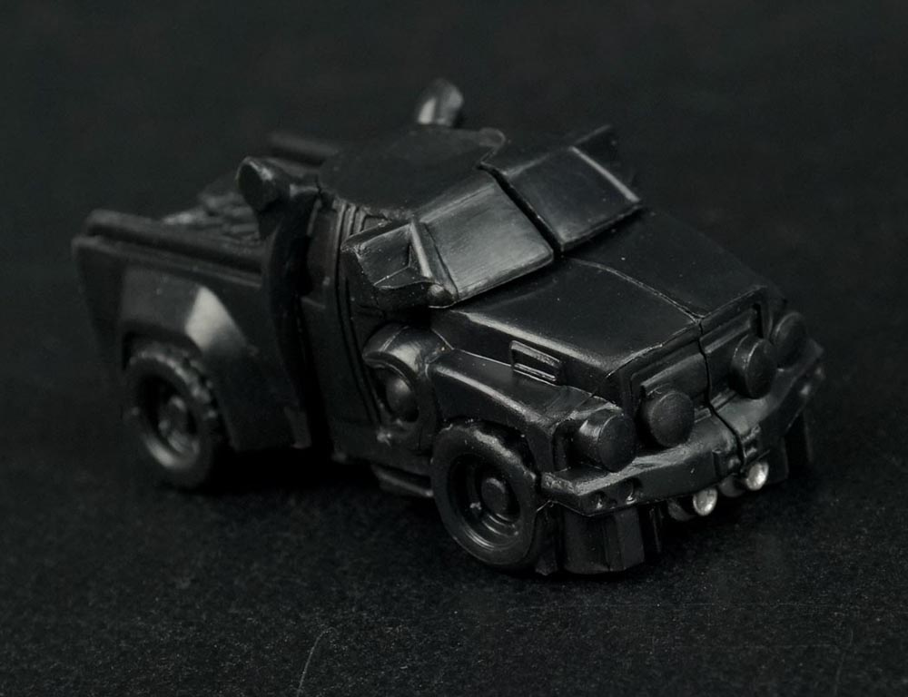transformers-the-movie-series-tiny-turbo-changers-series-3-figures-ironhide-vehicle.jpg