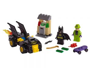 LEGO® DC Comics™ Super Heroes Products Batman™ vs. The Riddler™ Robbery 76137