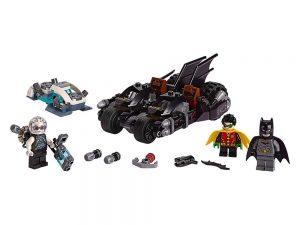 LEGO® DC Comics™ Super Heroes Products Mr. Freeze™ Batcycle™ Battle 76118