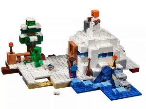 LEGO® Minecraft Snow Hideout 21120