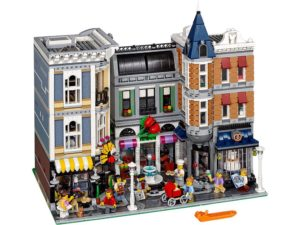 LEGO CREATOR Expert Products Assembly Square - 10255