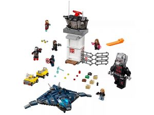 LEGO® Super Heroes Airport Battle 76051
