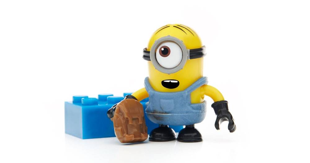 despicable-me-minions-blind-bag-pack-series-4-figures-10.jpg