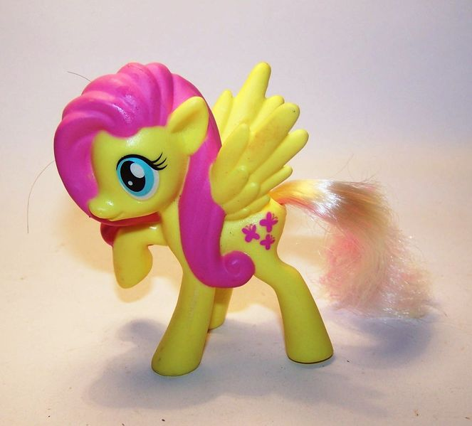 fluttershy-my-little-pony-mlp-color-changing-ponies-2016-mcdonalds-happy-meal-toys